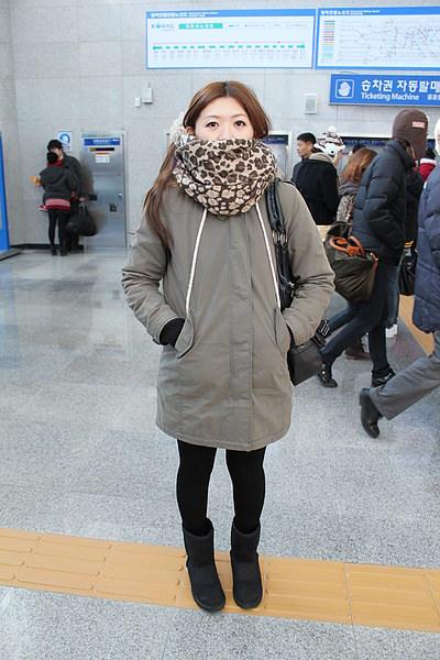 小珊~看起來好冷 XD