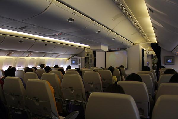 今天的飛機沒有很滿呢!!! GOOD